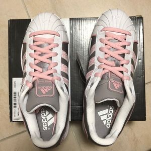 NWT Adidas sneakers size 7.5